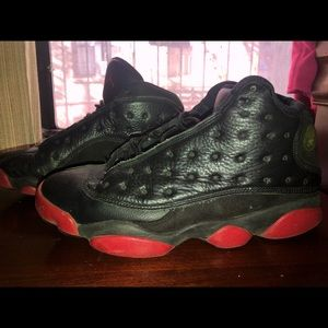 2014 JORDAN 13s DIRTY BRED, BLACK AND RED SIZE 9